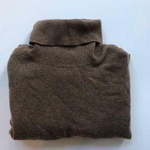 Neiman Marcus Cashmere turtleneck sweater size XL